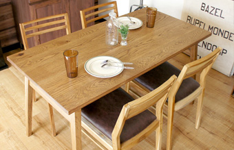 デイトンダイニングテーブル135