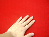 手とソフトレザーの写真
